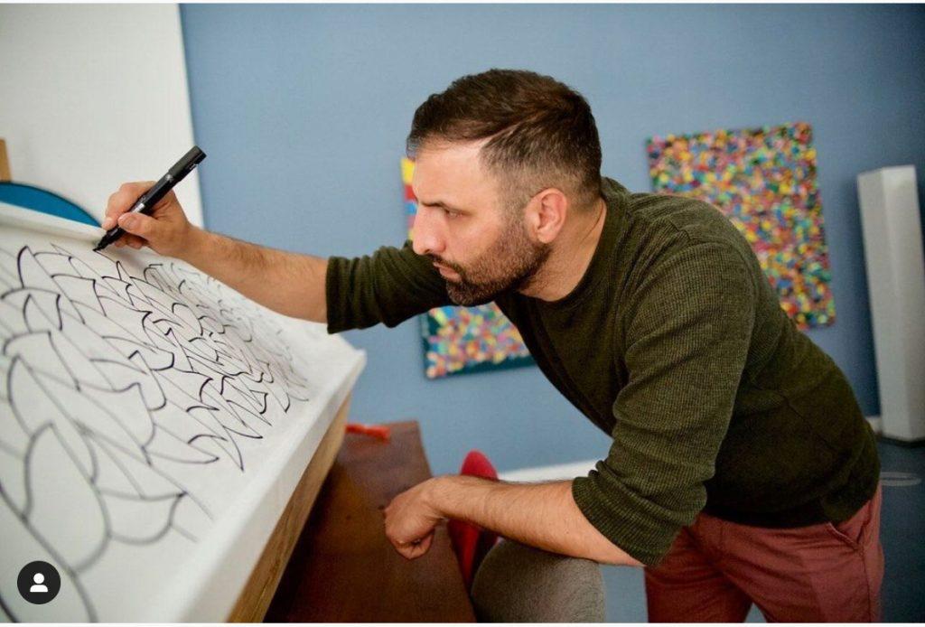 Maler & Künstler Ali Görmez bei der Arbeit