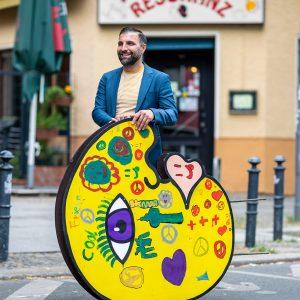 Ali Görmez und seine Kunstfigur Eddy